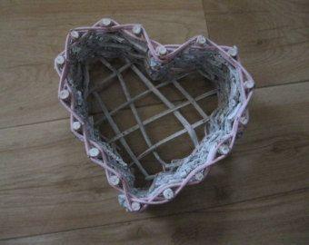 Vintage Panier en cœur fait de lanière de bois/ Vintage Basket