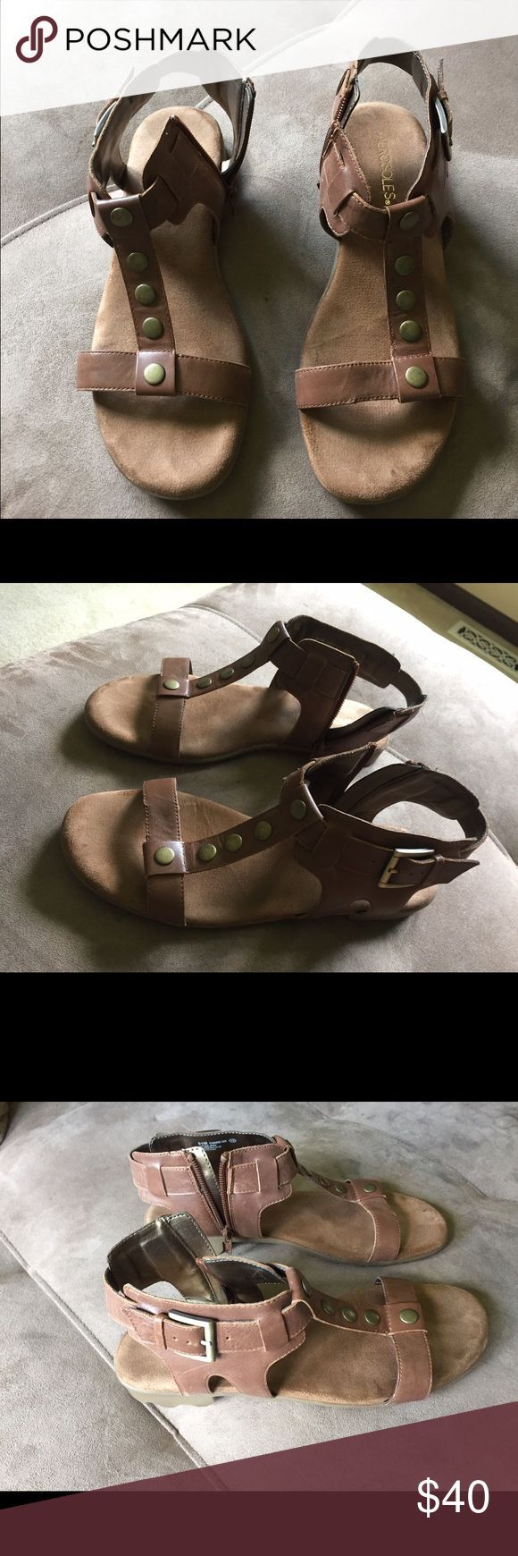 Light tan faux leather sandals Aerosoles Women's Gladiator Sandal. Used only a few times, great condition AEROSOLES Shoes Sandals