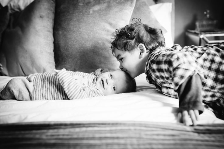 Simply honest natural and emotive baby photography hertfordshire baby photographer based in welwyn garden