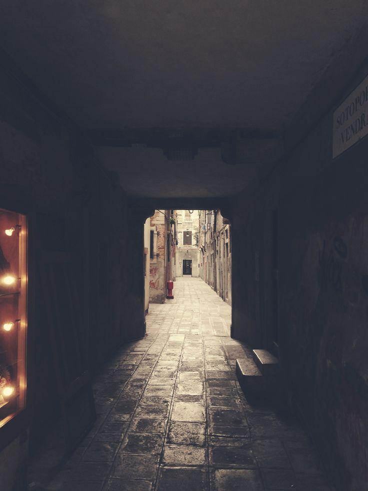 Venice alley ways