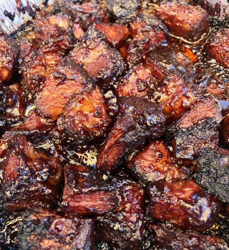 Poor Man's Burnt Ends... what are they? Well... they're burnt ends made out of chuck roast vs brisket. The
