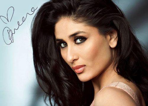 Kareena Kapoor - Autograph