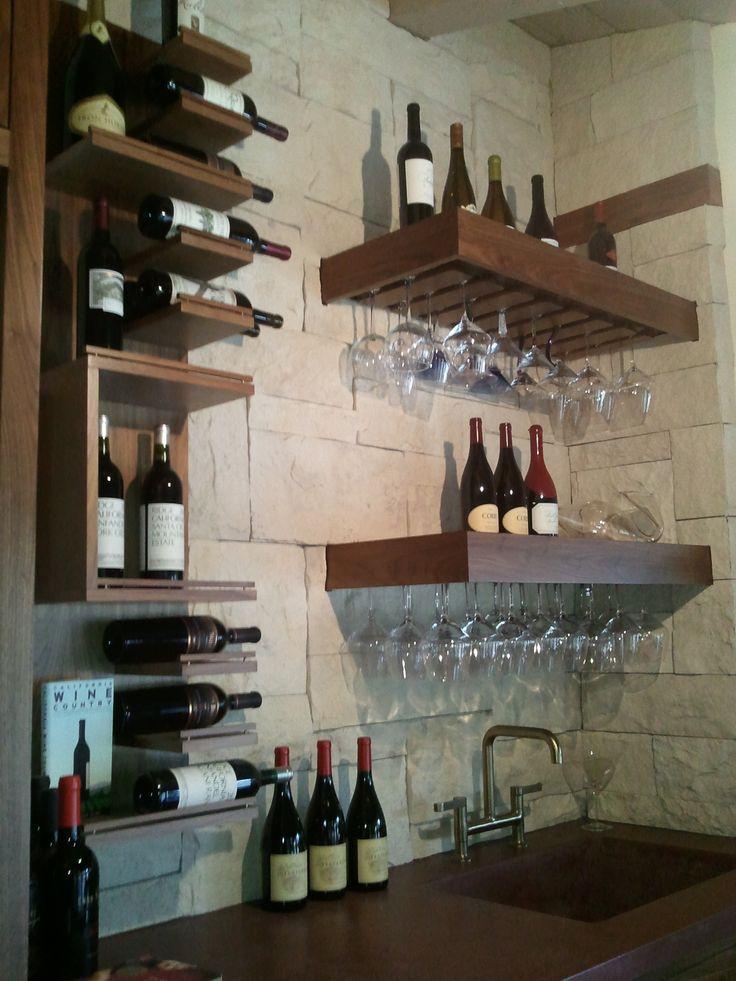 https://i.pinimg.com/736x/af/b1/37/afb1373a8f5b82359d02e994c5a57976--wine-glass-storage-kitchen-wine-bar.jpg