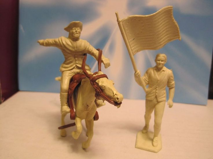 MARX REVOLUTIONARY WAR PLAYSET PAUL REVERE FLAG CREAM 60MM PLASTIC TOY SOLDIER #MARX