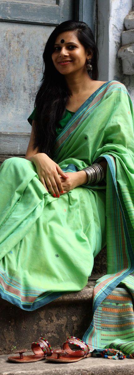 Handwoven cotton saree from Kutchh, Gujarat