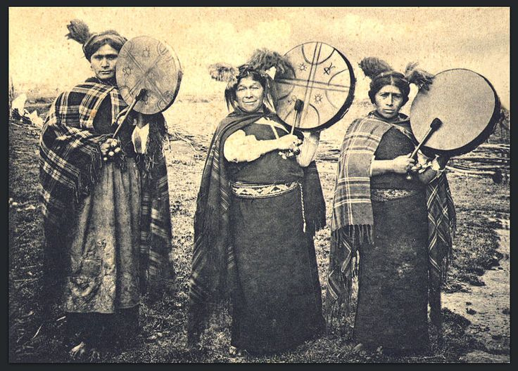 Photo of three young Mapuche Machis shamans in 1903. A machi is a traditional shaman healer and religious leader in the Mapuche culture of Chile and Argentina.