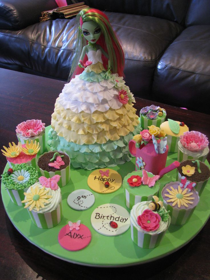 Venus McFlytrap Doll Cake - Garden themed Monster High Dolly Varden cake with matching cupcakes
