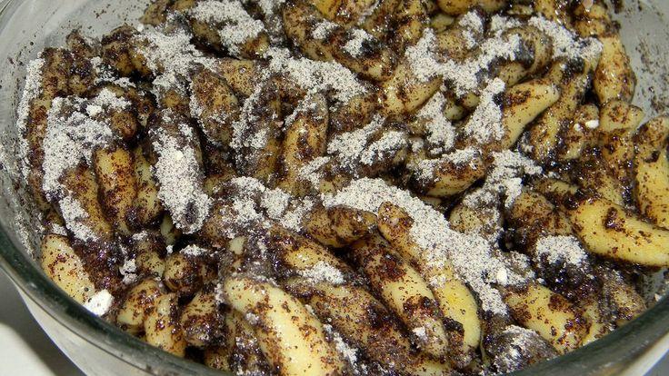 Nagyon szeretjük a mákos finomságokat és a nudlit is, így nem kétséges ennek a forró mézes vajban pirított, mákos nudlinak a sorsa. Azt nem állíthatom, hogy egy pikk-pakk elkészíthető étel, de aki …