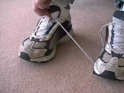 Tie Shoe Laces One Handed