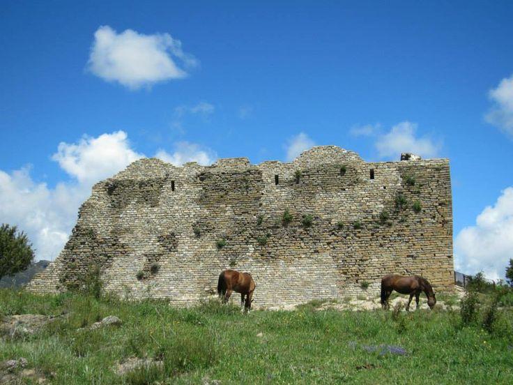 Castillo de Boltaña. http://www.pasoapalmo.com/sobrarbe/entorno-de-boltana/boltana/castillo-de-boltana