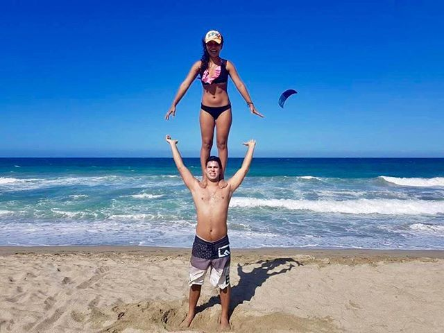 Too high with @arq_widen & @annakarivas on the beach  Thanks for the DM!  @acrolifestyle . . . . . . #acroyoga #acro #acrobatics #partneryoga #acrodance #handstand #acrobody #acrolove #yogaeverywhere #yogainspiration #calisthenics #circus #gymnastics #gymnasticsshoutouts #flexible #beachyoga #gymnast #yogalove #flexibility #yoga #yogapose #acrolifestyle #yogachallenge #handstands #yogaeveryday #balance #acrobalance #yogaeverydamnday #yogalife  #2018