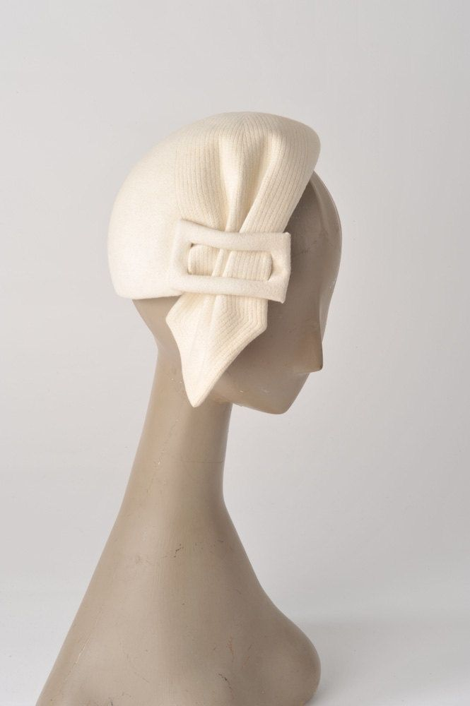 1940's Winter White Hat - Wool Felt Designer Tilt Hat - Hattie Carnegie Custom Made Hat
