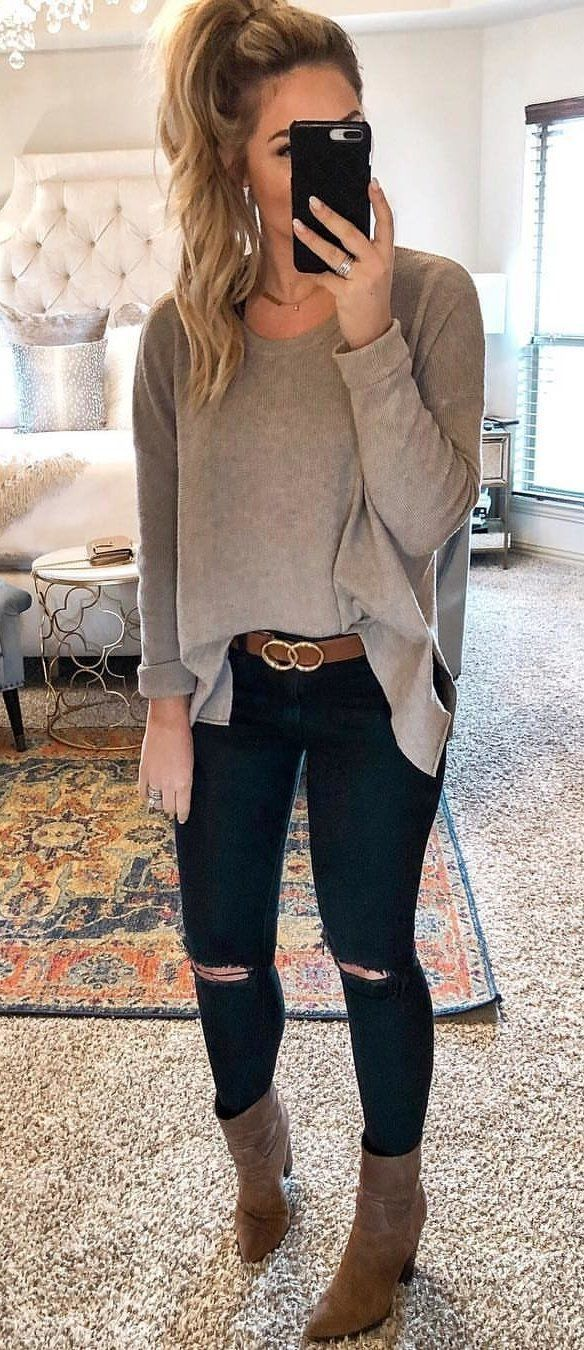 gray long-sleeved top #spring #outfits