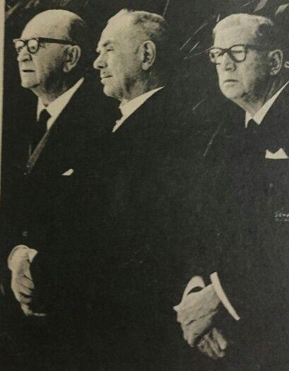 Slippedraers by dr. VERWOERD se begrafnis - vlnr dr.Jan de Klerk, min. Ben Schoeman,  dr.T.E.Donges.