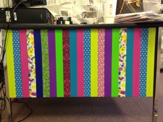 a-teachers-desk-makeover...I am def. asking if I am allowed to do this to my desk at work!