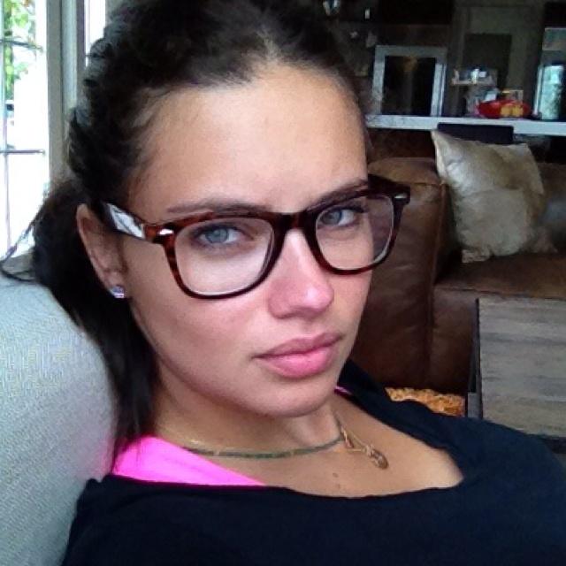 Adriana Lima, gorgeous latina!