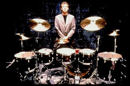See Bill Bruford in concert.