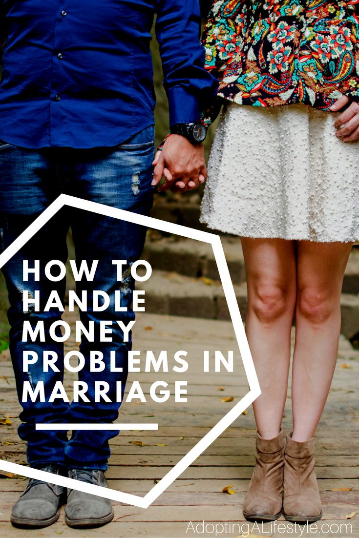 It can be tough to agree with your spouse sometimes. It can be even tougher if you disagree with your spouse about money. Coming from a couple who don't always agree when it comes to their money and budget, click here to see my tips on how to handle money problems in marriage.