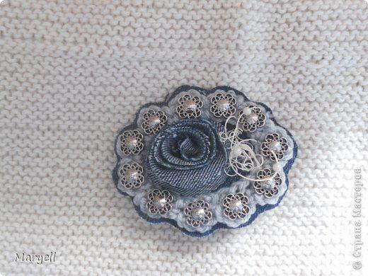 Украшение Текстильные украшения из джинсовой ткани Пробные работы Бусины Пряжа Пуговицы Ткань Фетр Шпагат фото 1