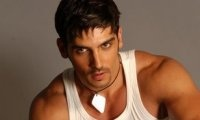 Zayed Khan talks about how he did parkour traiing for his role in 'Tezz'. SOURCE: Bollywood Hungama.