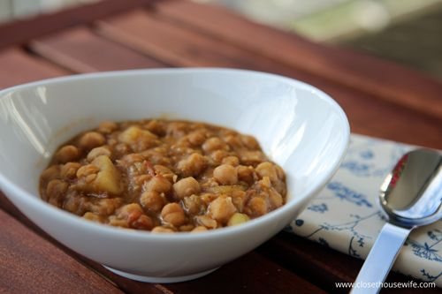 Rancho Canario, a hearthy chickpea soup from Tenerife
