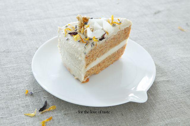 Carrot cake - raw - vegan - gluten free
