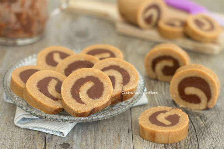 Girelle di biscotti alla Nutella senza cottura
