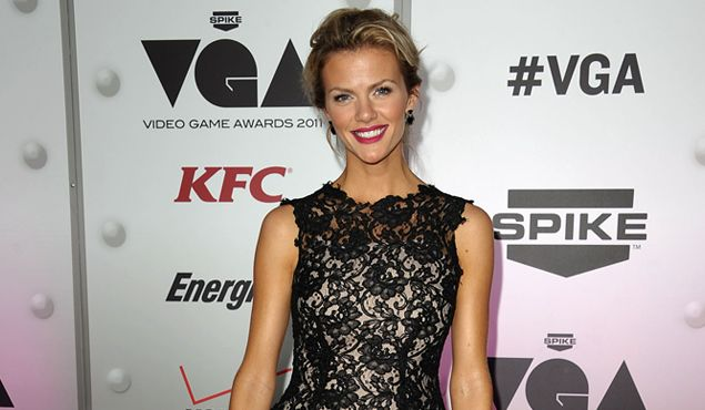 Brooklyn Decker's Fat-Burning Cardio Workout