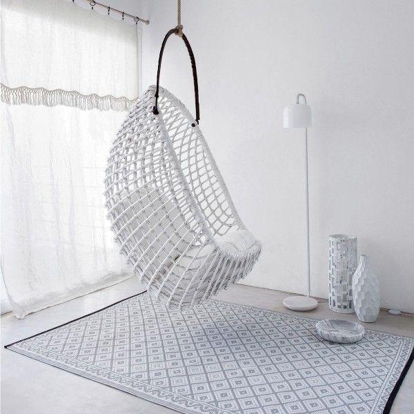 Fauteuil suspendu blanc  http://www.homelisty.com/fauteuil-suspendu-pas-cher/