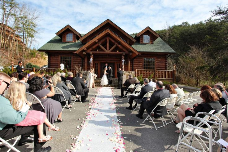 17 best images about smoky mountain wedding on pinterest for Log cabin wedding