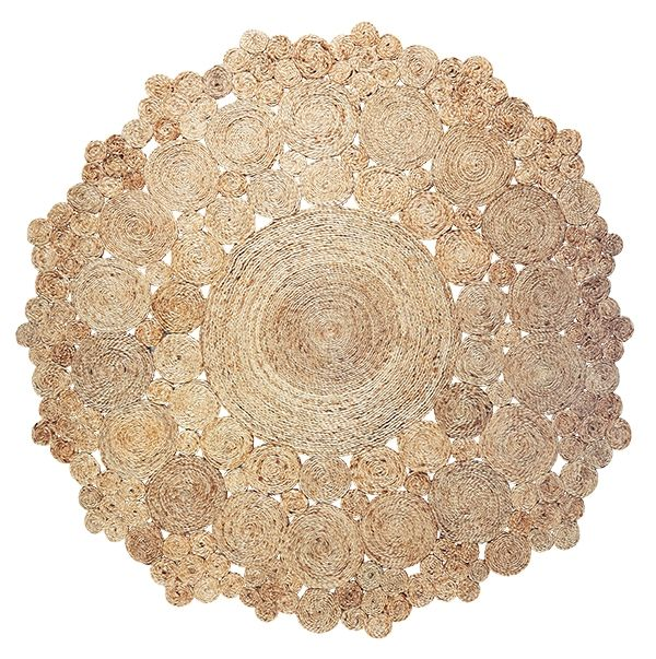 Geranium rug - Christmas in #HTFSTYLE