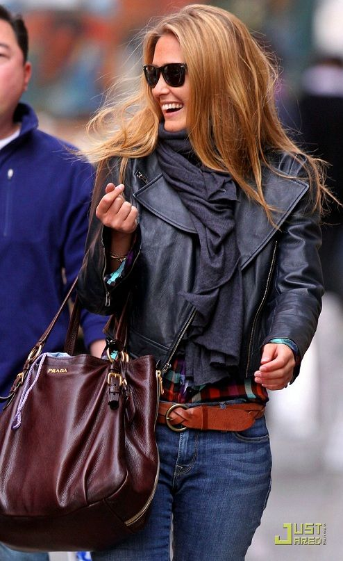 Hair Colors, Fashion, Biker Jackets, Prada Bag, Black Leather, Street Style, Plaid Shirts, Leather Jackets, Leather Belts