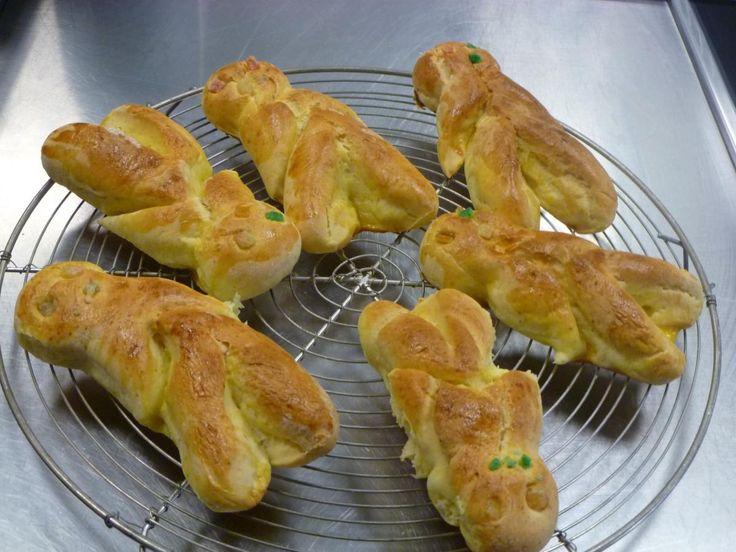 luxembourgeoise: Boxemännercher (traditioneel broodje wat rond de Sinterklaas - adventstijd gegeten wordt)