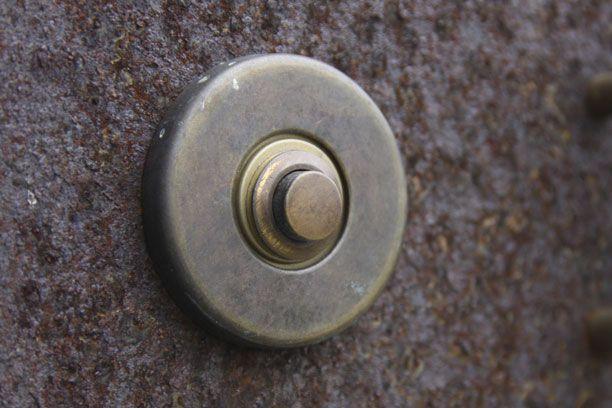 Deurbel-beldrukker rond brons antiek 53mm [8BO1016] - 19.90EUR : voordeurbeslag.be, Online winkel voor uw voordeur