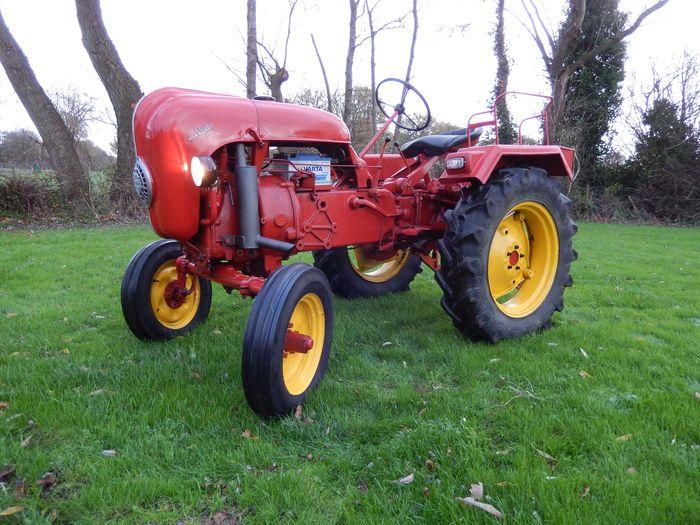 Porsche A111 tracteur ancien - 1956
