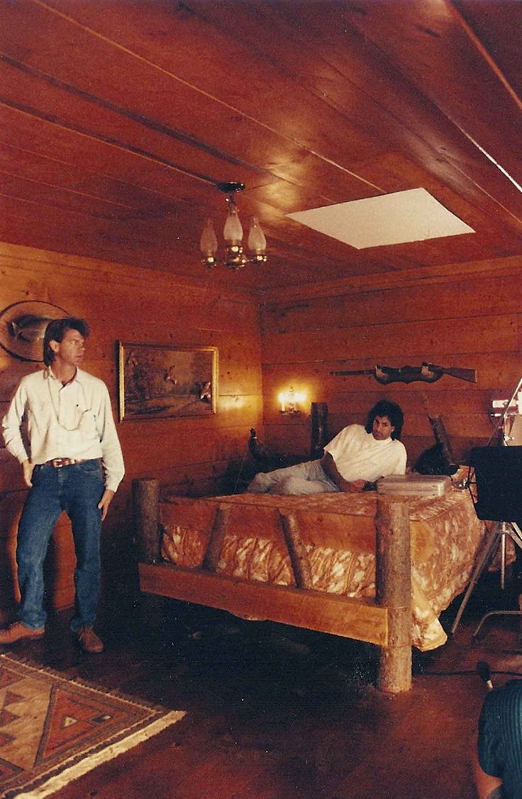 Relaxing in the Great Northern.Set design for Twin Peaks by Richard Hoover