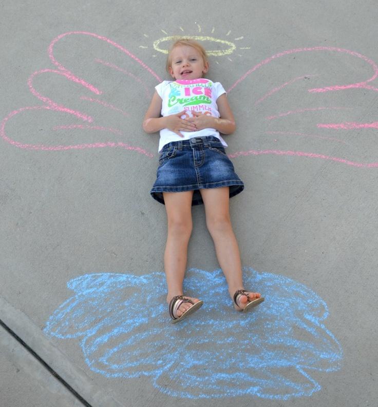 Sidewalk Chalk Scenes!Chalk Ideas, Fun Chalk, Art Crafts, Chalk Photos, Outdoor Fun, Chalk Scene, Sidewalk Chalk, Kids, Games Art