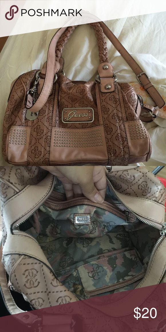 Pink guess bag Pink medium guess bag! Roomy and stylish Guess Bags Satchels