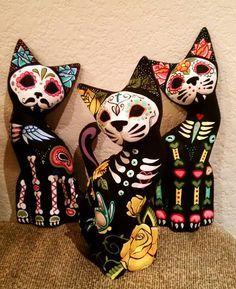 smART Class: Dia De Los Muertos Animals day of the dead, sugar skull, dios de los muertos, altered art, cats, kittens