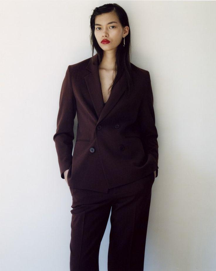 melissa anderson  represented by Wilhelmina International Inc.