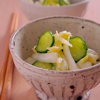 シンプルな味付けで白菜の甘味を引き出した、和風のコールスローサラダです。ついつい手が止まらなくなりそう!
