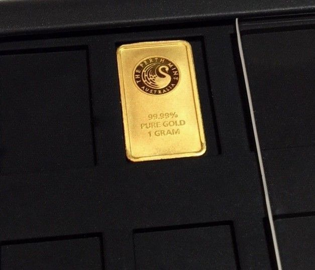 1 Gram Perth Mint Gold Bar 9999 Pure Solid Element Card Bullion Case Goldinvestment Goldbullion Gold Investments Gold And Silver Coins Gold
