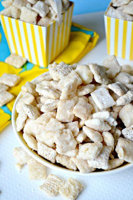 Lemon Bar Muddy Buddies _ Oh my,  tastes just like a real lemon bar!