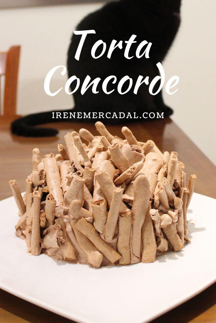 Esta deliciosa torta Concorde es una torta clásica de la repostería francesa, es ideal para todos los que amamos el chocolate, y aunque parece complicada, la verdad es muy simple de hacer. #tortaconcorde #tortadechocolate #recetaconchocolate Concorde, Irene, Stuffed Mushrooms, Vegetables, Breakfast, Recipes, Food, Chocolate Mix, Coconut Cookies