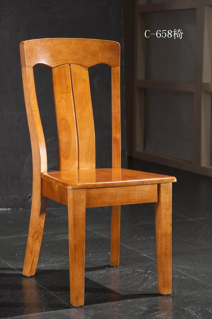 Simple dining chair, made of solid wood. Good for kitchens and dining rooms.