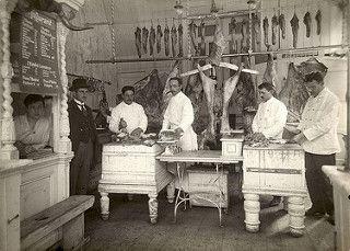 Interieur van een slagerij.
