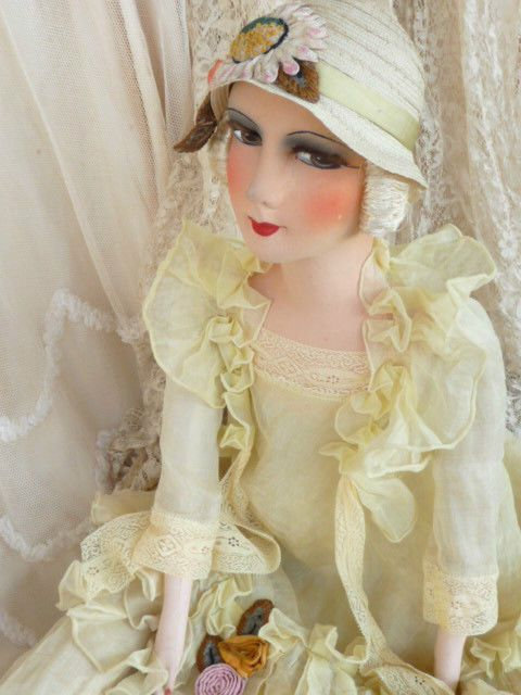 ANTIQUE FRENCH BOUDOIR DOLL FLAPPER  PARIS C.1920 FASHION DOLL EMBROIDERED  HAT