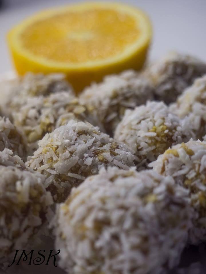 Coconut energy balls