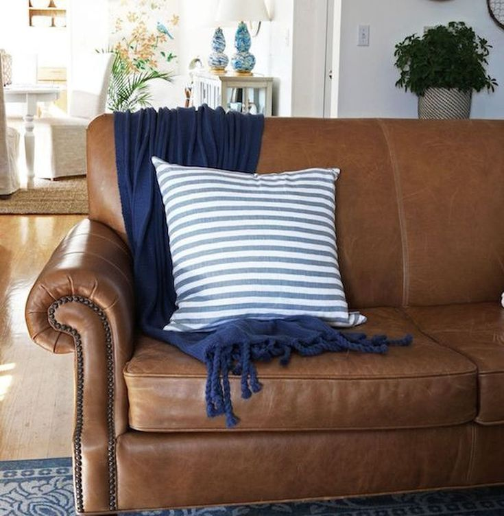 lovely copper blue living room   48 Lovely Farmhouse Living Room With Leather Sofa Ideas ...