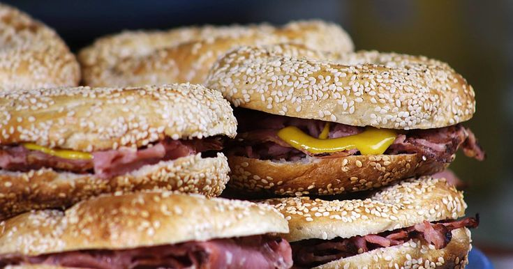 Where to Get the Best Bagels in Montreal (That Are Way Better Than New York's) https://plus.google.com/+KevinGreenMySOdotCom/posts/agwg1nnJAym